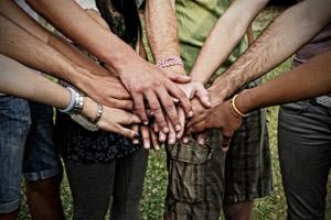 Hands-Teamwork1